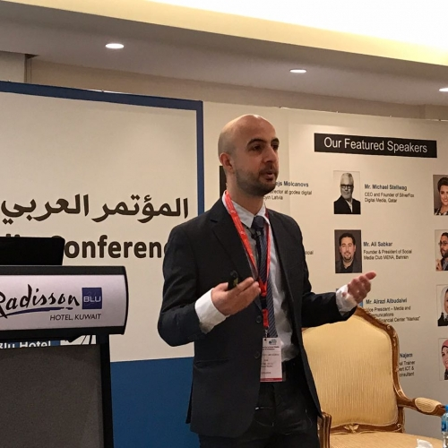 roland-abi-najem-speech-7th-arabian-social-media-forum-in-kuwait-2