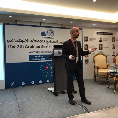 roland-abi-najem-speech-7th-arabian-social-media-forum-in-kuwait-3