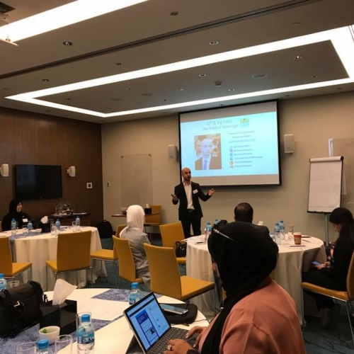 Workshop on IoT and Big Data during the Digital Transformation in Gas and Oil Conference - Kuwait 2017